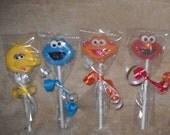 Sesame Street Heads. (24 favors)