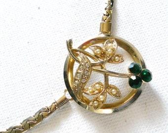 Vintage 1970s Medallion Green Flower Silver Leaf Choker Necklace