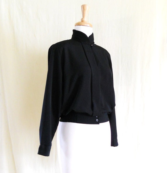 Vintage 1970s Black Silky Cropped Blouse Tunic Shirt Sz 4