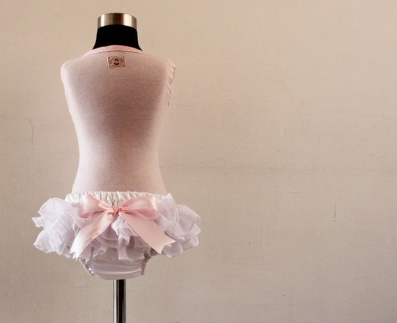 Ruffled baby bloomers diaper covers white delight style  photo prop vintage glamour wedding