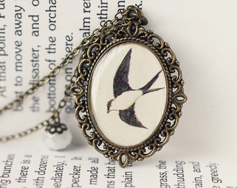 Bird Vintage Art Pendant Necklace - The Flying Swallow