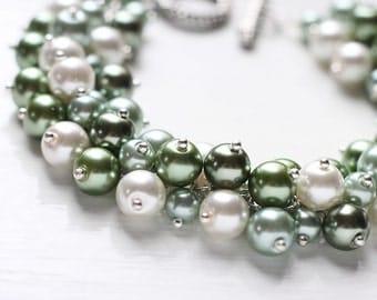 Green White Wedding Pearl Cluster Bracelet - Pistachio