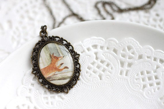 Quick Brown Fox Jumping Woodland Oval Laced Vintage Art Pendant Necklace