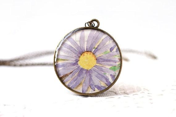 Purple Lavender Daisy Flower Spring Fashion Vintage Art Pendant Necklace, Woodland Nature Romantic Flower Pendant