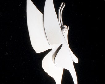 Butterfly in the Breeze Pin