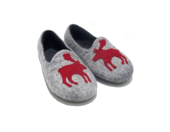 Felted womens slippers - Moose slippers - Womens house slippers