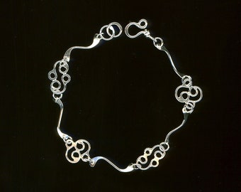 Bracelet Chain Sterling Silver Metalwork Hammered Wire Jewelry Link Design Modern Eco Friendly Recycled