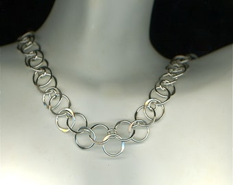 Circle Necklace, Wire Necklace, Silver Chain, Chainmaille Necklace, Sterling Silver Circles Chain, Wire Jewelry, Silver Chainmaille