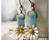 Daisy Earrings, Upcycled Vintage Flower Jewelry, One of a Kind Spring Fashion