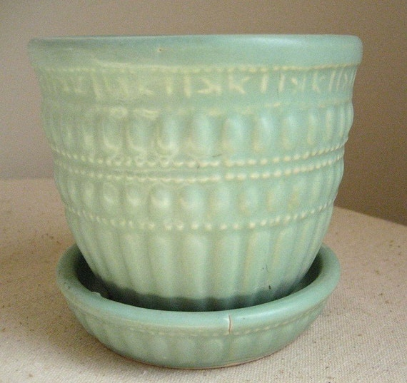 Vintage Mccoy Pottery Flower Pot Mint Green