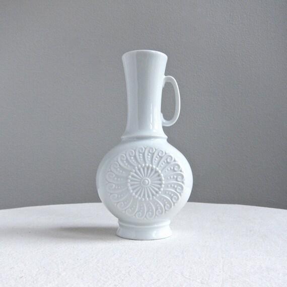 KPM Royal Porzellan Bavaria White Vase with Spiral Design