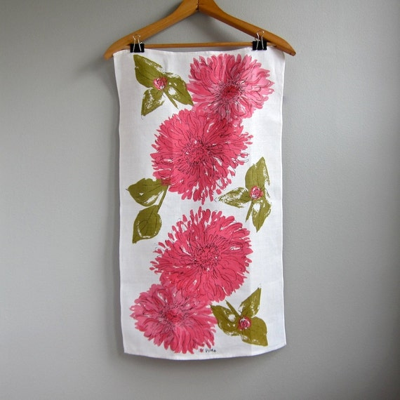 Vera Neumann Linen Tea Towel with Pink Flowers, 1960s Kitchen Decor Hand Towel