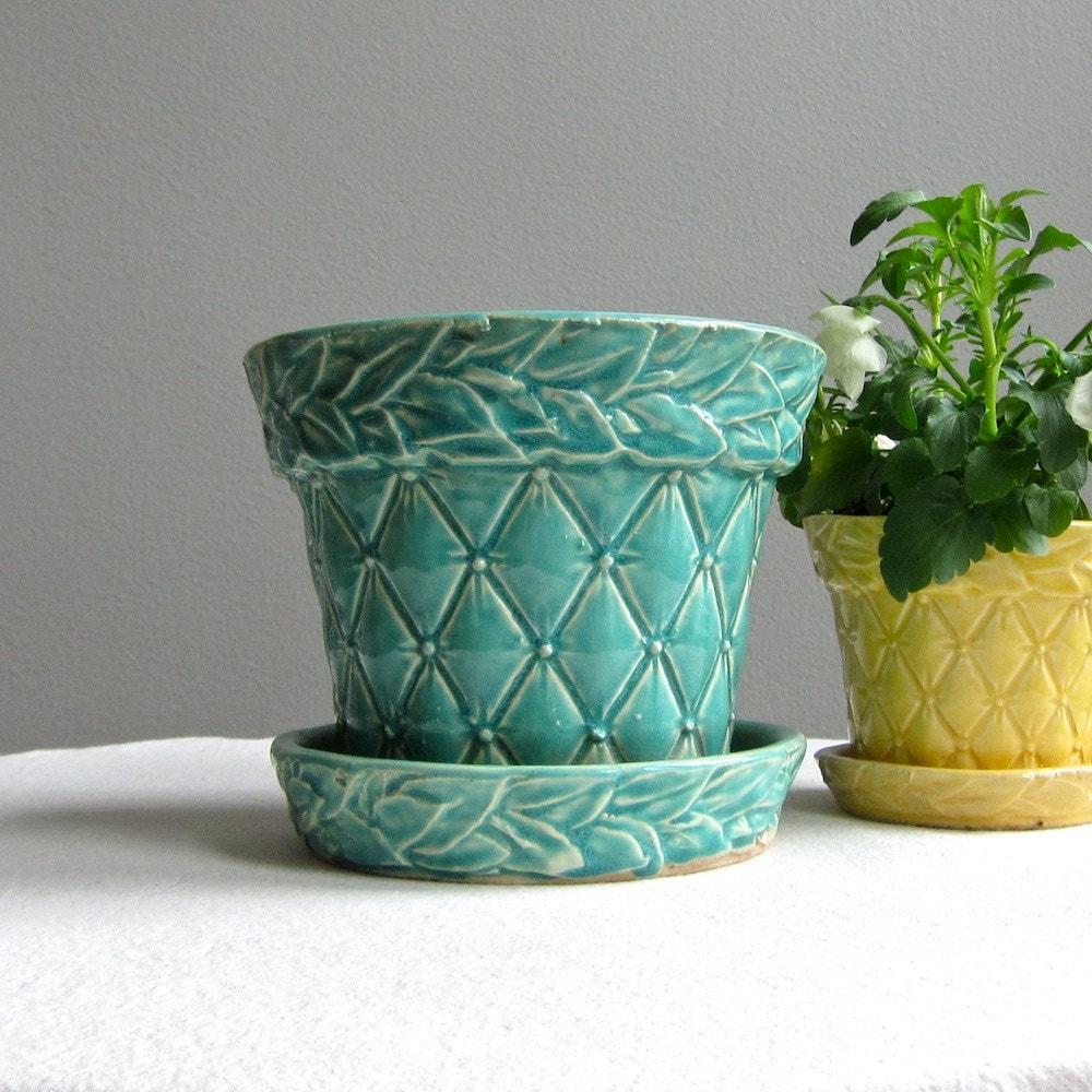 Vintage McCoy Green Quilted Pottery Flower Pot Large