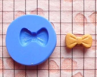 Bow Mold Bowtie Mold 11mm Flexible Silicone Mold Kawaii Mold Decoden Mold Nail Art Supplies Nail Decoration Mold Tiny Cupcake Topper MD720