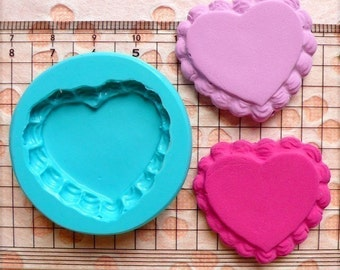 Flexible Mold Silicone Mold - Heart Cake Base with Whipped Cream (34mm) Miniature Food, Sweets, Jewelry, Charms (Clay, Fimo, Fondant) MD662