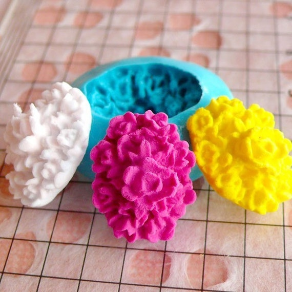 Oval Flower Cameo Mold 18mm Flexible Silicone Mold Flower Jewelry Earrings Mold Mini Cake Decoration Fimo Polymer Clay Resin Push Mold MD606