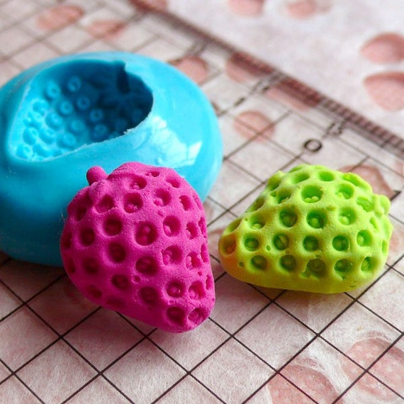 Half Strawberry (16mm) Silicone Flexible Push Mold - Miniature Food, Sweets, Jewelry, Charms (Clay, Fimo, Resin, Gum Paste, Fondant) MD816