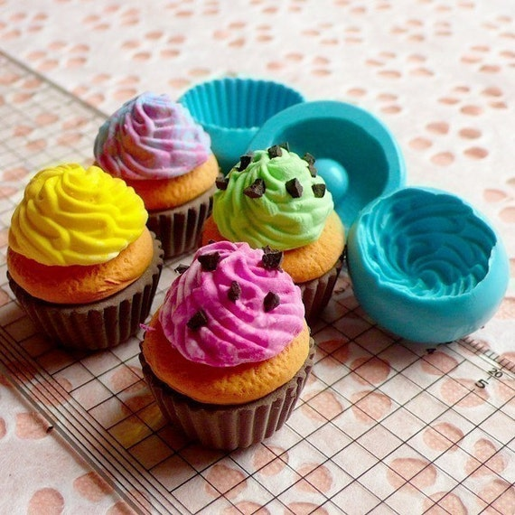 Cupcake Mold 3D Silicone Flexible Mold w/ Whipped Cream 25mm Deco Kawaii Miniature Sweets Mold Fimo Jewelry Charms Food Wax Soap MD099