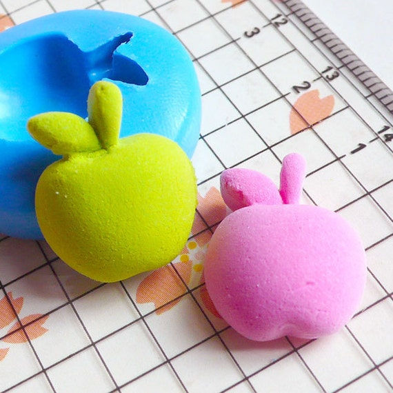 Apple (19mm) Flexible Mold Silicone Mold - Miniature Food, Cupcake, Jewelry, Charms (Resin, Paper Clay, Fimo, Wax, Gum Paste, Fondant) MD385