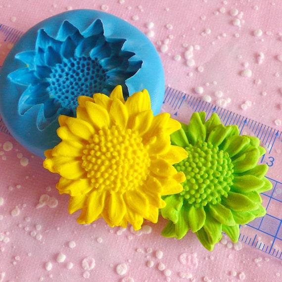 Sunflower Mold 40mm Cupcake Topper Flexible Mold By