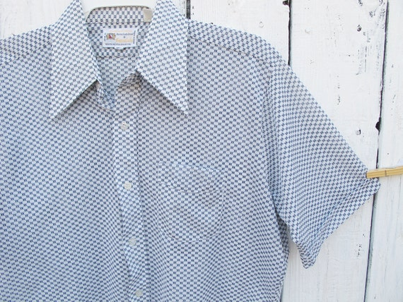 70s Men's Blue and White Shirt - LARGE