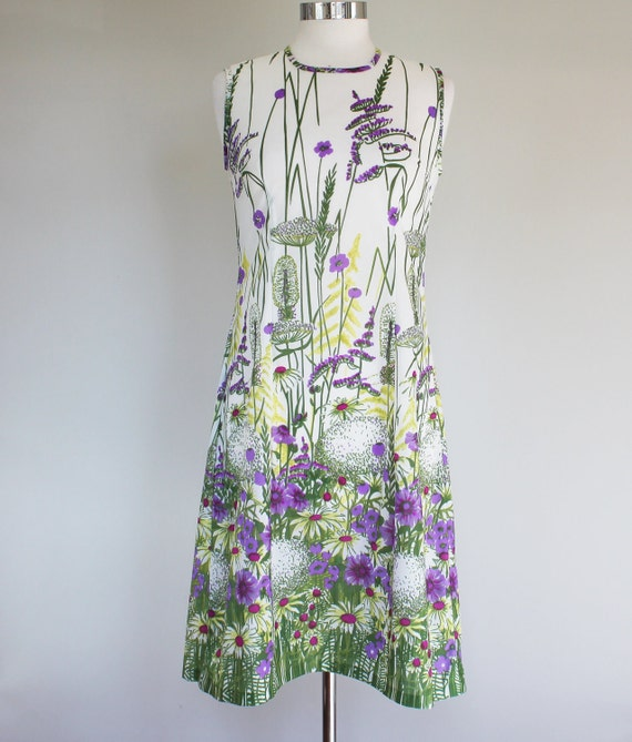 70s Floral Meadow Vintage Sleeveless Dress - MEDIUM / small