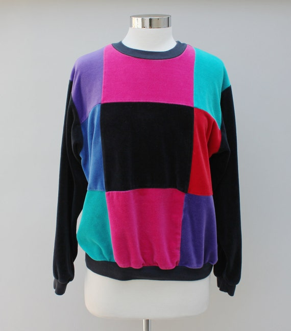 80s Vintage Women's Checkered Velour Sweatshirt - LARGE