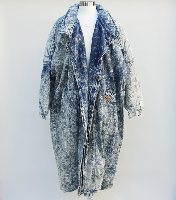 80s Vintage Acid Washed Denim Trenchcoat - LARGE