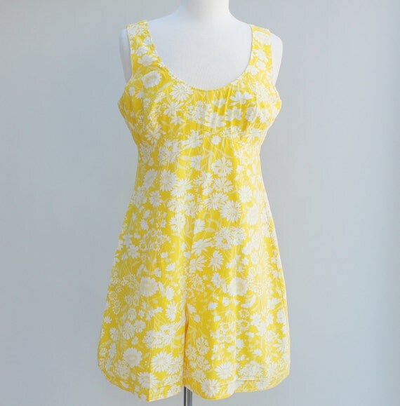 Vintage 60s Yellow and White Floral Romper - LARGE