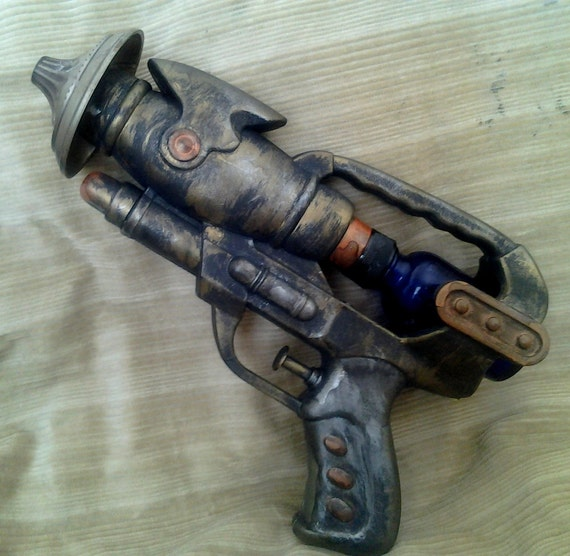 Clockwork Repo Man's Gun, steam punk Repo pistol