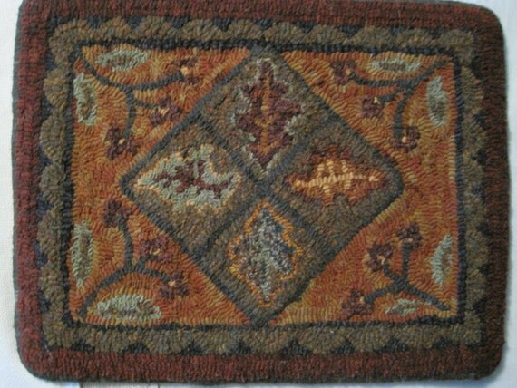 Smaller Size Leaves and Berries-Monk's Cloth-Hooked Rug Pattern