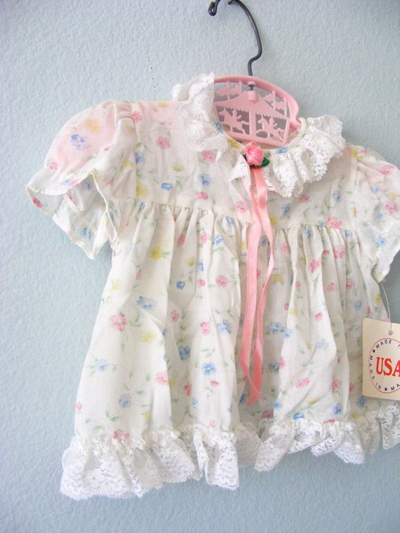 vintage baby girl white and floral dress NWT