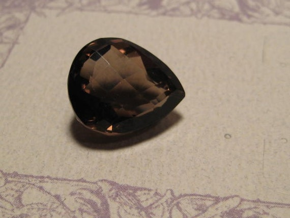 faceted Smoky Quartz  .........  19 x 16 x 12mm   .......fancy checkerboard top ........    2802