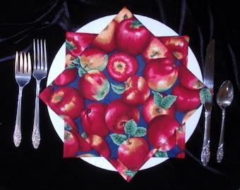 Golden Red Apple Cloth Napkins (Set of 4)