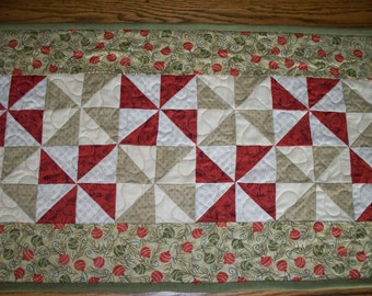 FREE SHIPPING---CHRISTMAS  Table Runner