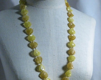 30 Inch Acrylic Petal Soft Yellows Necklace 1960's NEW OLD STOCK csc114