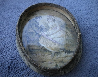 X Antique dresser tray with image (FF145)