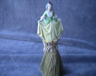Antique Lady's clothes brush (FFs1363)