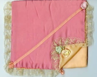 x Ribbonwork Satin Hanky Holder with Lace (FF183)