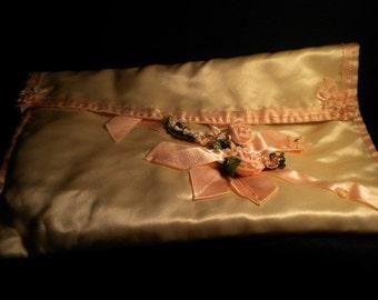 x Ivory Quilted vintage Ribbonwork Lingerie Pocket (FF182)