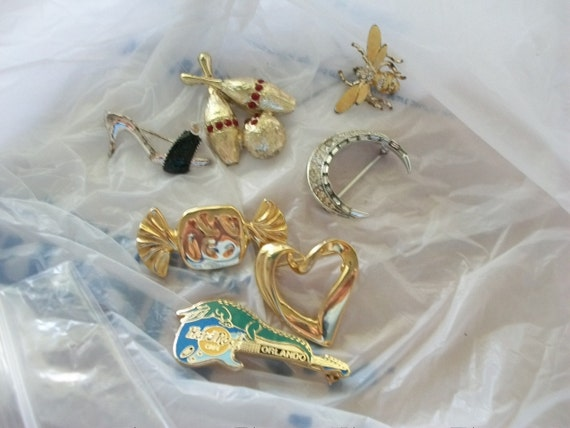 Destash Lot of Brooches or Pins