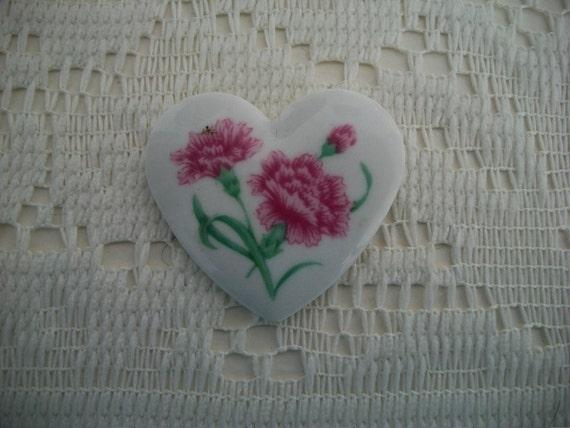 SALE Avon Pink Carnation Heart Brooch