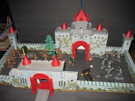 RESERVED for italactorMarx Robin Hood Castle Playset