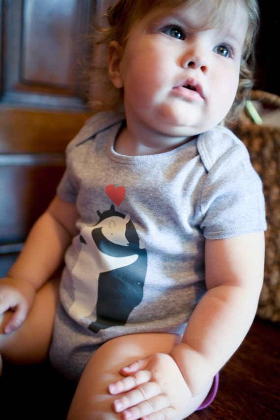 Baby and Toddler onesie features 2 adorable hugging bears
