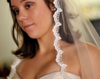 "Fingertip Lace Wedding Veil - 36"" - Molly"