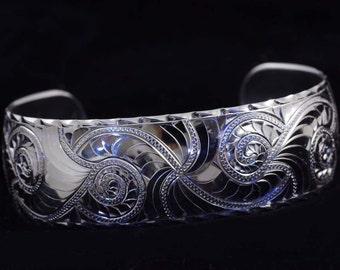 Silver bracelet nautilus shell engrave