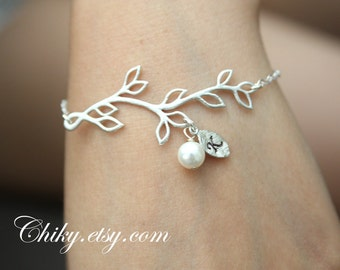 Wedding Jewelry - bridesmaids gifts-Leaf branch with pearl and initialized bracelet, STERLING SILVER, personal