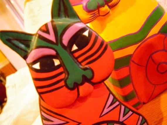 Three LAUREL BURCH carved wood CATS figurines decor - Brilliant colors