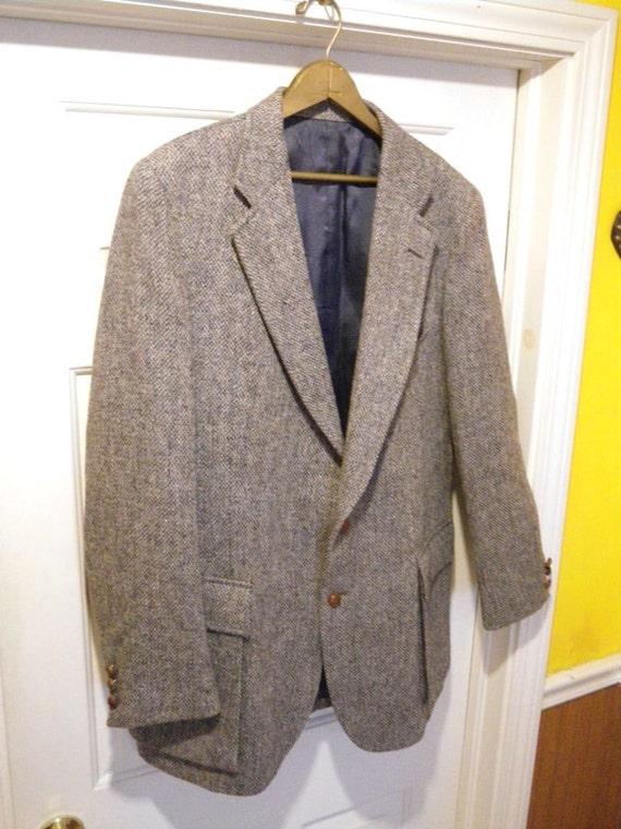 Vintage Gray Harris Tweed Wool Jacket. Country Gentleman, Professor, Artist.