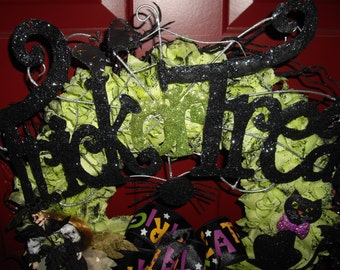 Gothic All That Glitters Black Halloween Wreath with Silk Lime Green Roses